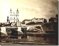 Zaliasis tiltas 1874